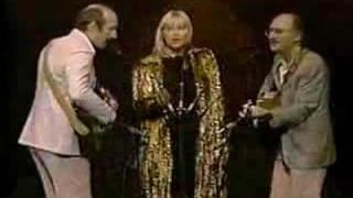 Peter, Paul & Mary - Puff The Magic Dragon
