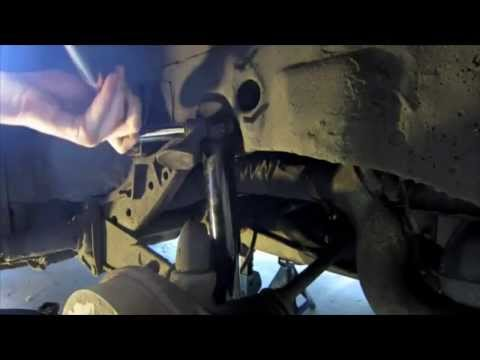 How to Change a Rear Shock Absorber 72 Beetle