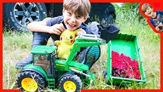 Bruder Tractors For Kids Harvest Wild Berries With Axel and Daddy thumbnail