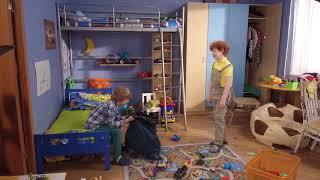 Светофоровы. Димка подарил все свои игрушки Сеньке и уходит во взрослую жизнь!