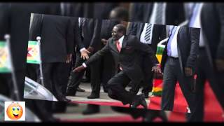 president mugabe falling on the stairs video