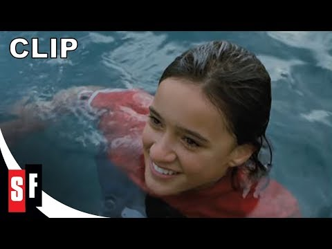 Whale Rider: 15th Anniversary Edition   5: Pai Dives Into The Water HD
