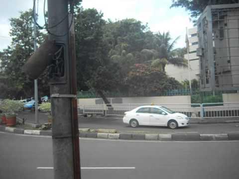 My trip to Jakarta, Part 1 ( mon voyage à Jakarta,partie 1 )