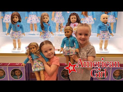 Madison And Trinity Visit The American Girl Doll Store In NY!!