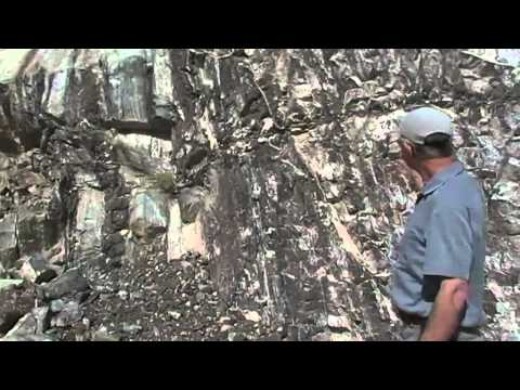 Oman Ophiolite - Lower oceanic crust and moho