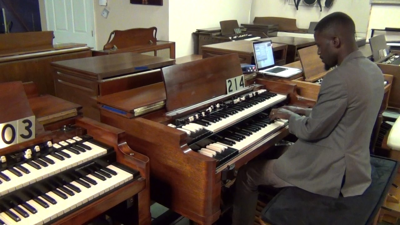 vintage hammond organ with 122 leslie for sale 214 amazing grace youtube. Black Bedroom Furniture Sets. Home Design Ideas