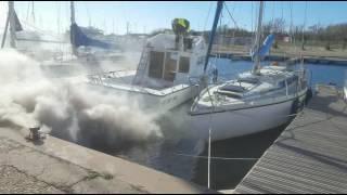 décalaminage à l' hydrogène Flexfuel sur un bateau au Cap d'Agde