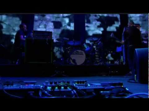 2 Rights Make 1 Wrong - Mogwai (Live) iTunes Festival 2011