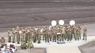 2017年8月27日の富士総合火力演習開始前の陸上自衛隊第1音楽隊と富士学...