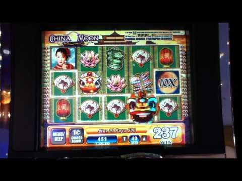 Lucky penny penguin slot machine bonus win
