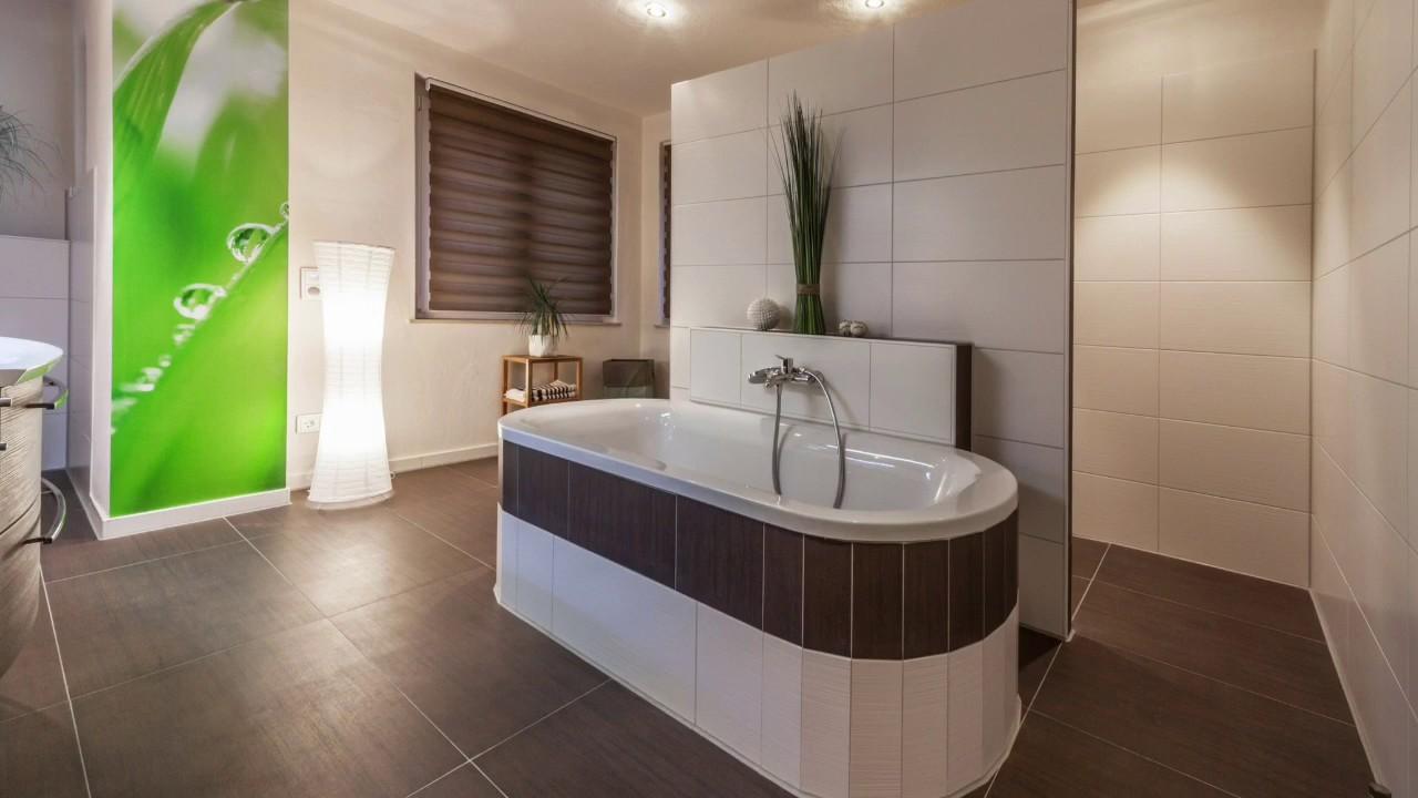 welche badewanne ist besser die aus stahlemaille oder die badewanne aus acryl youtube. Black Bedroom Furniture Sets. Home Design Ideas