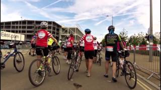 Prudential RideLondon-Surrey 100 2015 arriving @ wave J and we are OFF