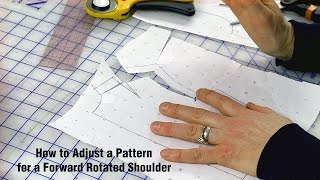 j stern designs / H๐w to Adjust a Pattern if Your Shoulder Rotates Forward