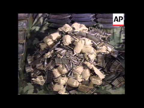 KOSOVO: YUGOSLAV ARMY CONFISCATE WEAPONS FROM ETHNIC ALBANIANS