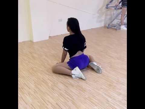 Twerking Girls