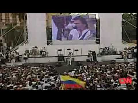 CUBA: Huge crowds gather in Havana for peace concert