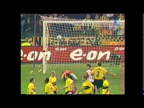 Feyenoord Rotterdam - Borussia Dortmund 2002 résumé et célébration d'après match