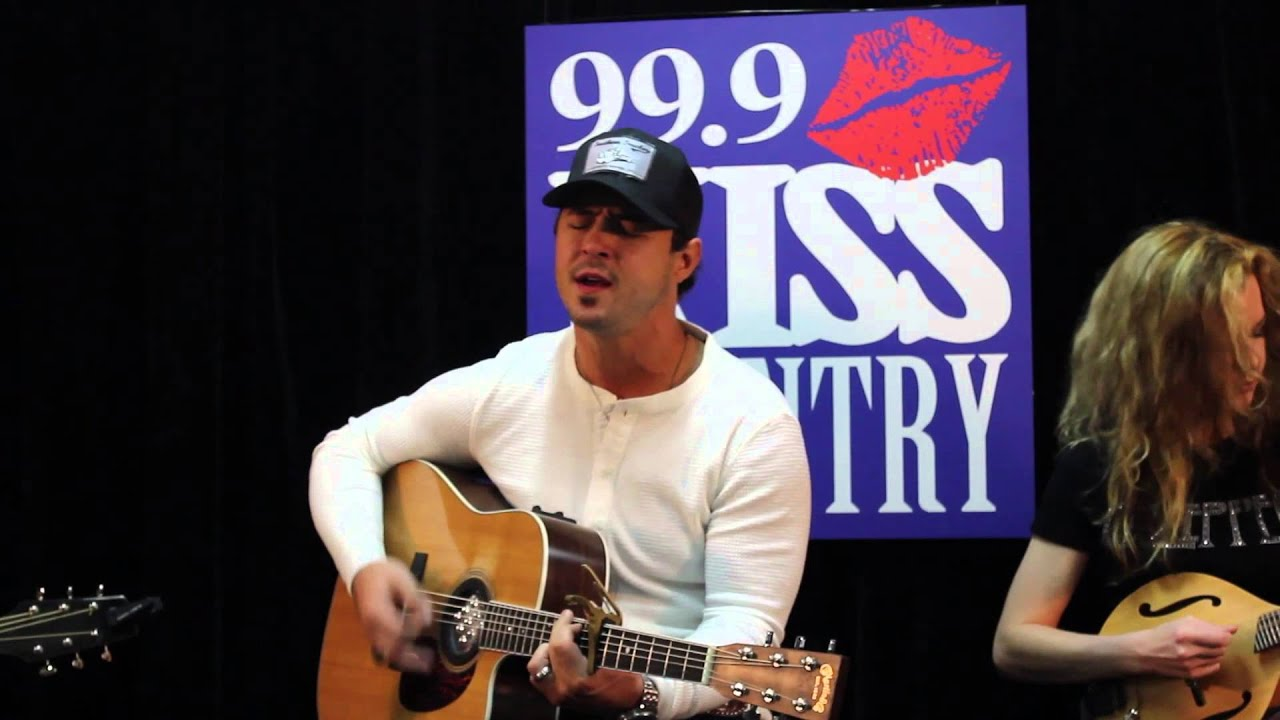 Weston Burt Visits 999 Kiss Country In Asheville NC
