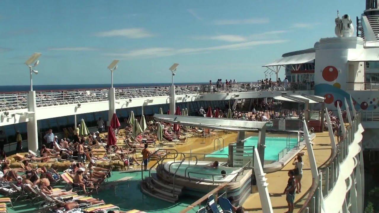 Oasis Of The Seas Pool Deck Youtube