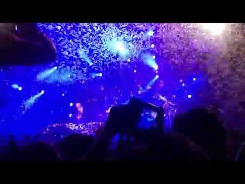Avicii-Future Music Festival Perth-wake me up live