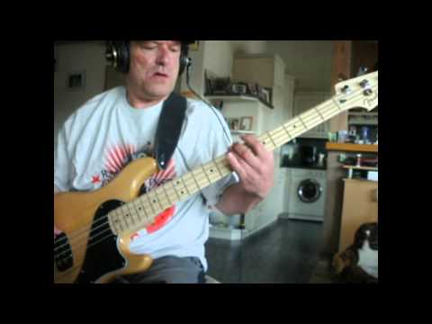 P.O.D - BOOM (Bass Cover) Fender New Dimension De Luxe Bass
