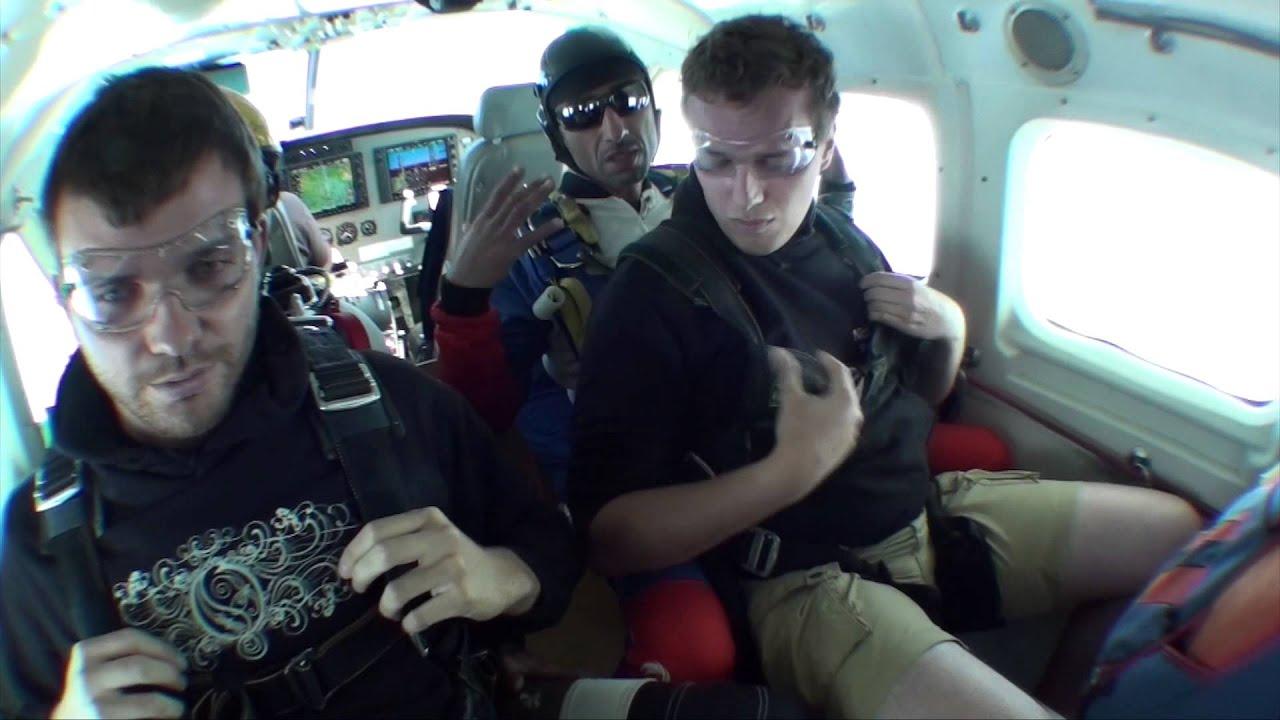 saut en parachute pujaut