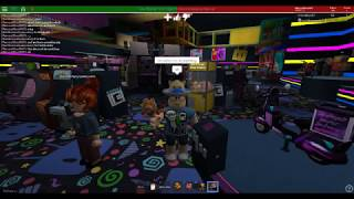 Roblox: Tee and Vee's Ultament Play place (part 2)😊