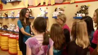 Victoria Justice Surprises Fan At Build-a-bear Birthday Party