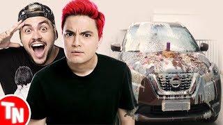 Felipe Neto e Luccas Neto sofrem hate após cobrir carro com comida