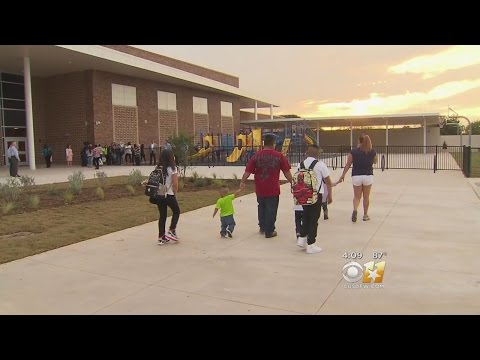 Two New Elementary Schools Open In Fort Worth ISD