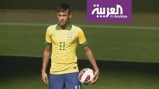 عشاق كرة القدم يترقبون أخبار احتمال عودة نيمار إلى برشلونة