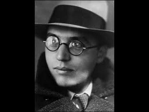 Kurt Weill: Mack the Knife -  Baritone, harmonium, Pleyel piano (video)