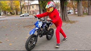 Kids Ride on Power Wheels and Pretend Play with Cross Mini Motorbike / Video for Children