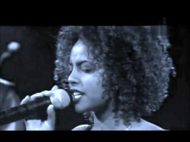 Tigist Fantahun (ትግስት ፋንታሁን) - Tizita (ትዝታ)