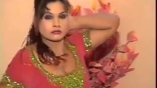 Repeat youtube video Sexy Pakistani Mujra Boobs Shaking Dancer 2012 - gondal