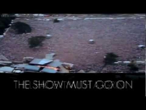 Queen - The Show Must Go On (Lyrics)из YouTube · Длительность: 4 мин24 с  · Просмотры: более 243.000 · отправлено: 16-6-2008 · кем отправлено: Nick4017