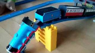 Repeat youtube video Thomas the tank engine - Accidents will happen