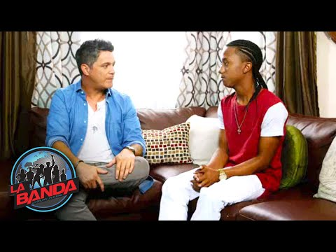 Alejandro Sanz Visits Aaron Bodden at Home