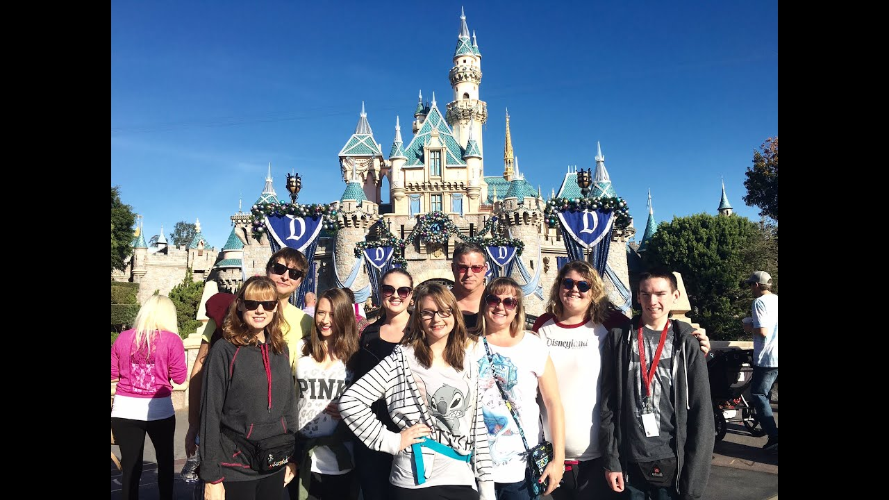 VLOG 116 DISNEYLAND TRIP WITH FAMILY DAY 2  YouTube