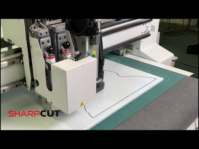 10 mm Coroplast - 3 HP Router