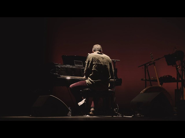 Miguel Araújo - Ainda Estamos Aqui (Coliseu do Porto 2019)