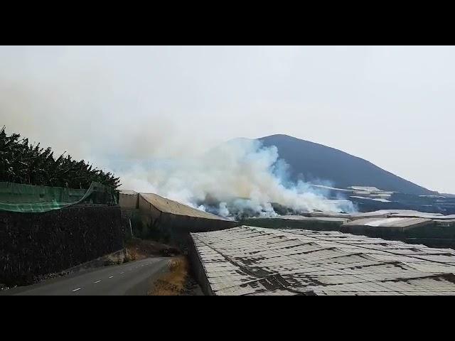 La lava sigue causando destrozos por la zona noroeste de La Palma