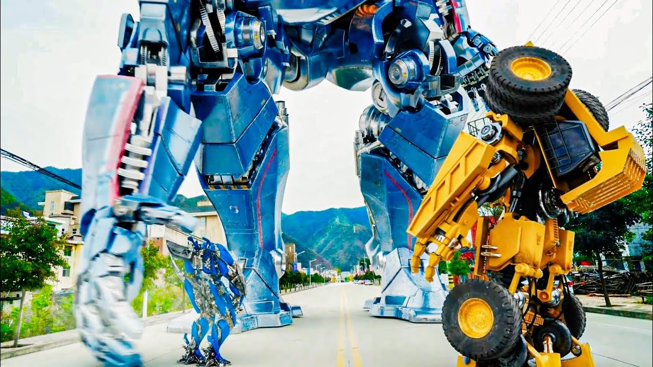 It's so funny. Transformers charged the toll. They were taught a lesson!变形金刚收过路费,结果被路人教训了!