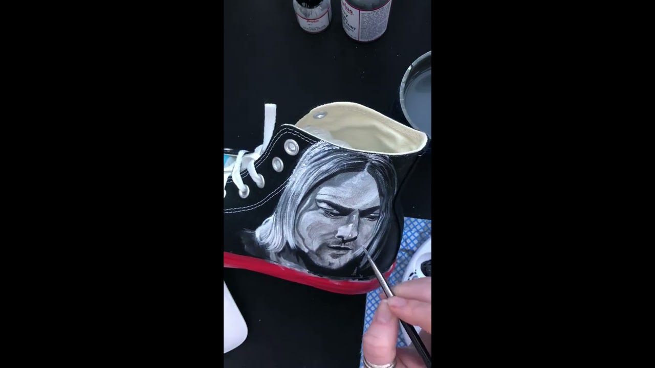 21bd589f1d45 Nirvana Kurt Cobain Custom Converse