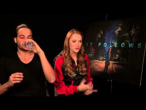 It Follows - Maika Monroe and Daniel Zovatto interview streaming vf