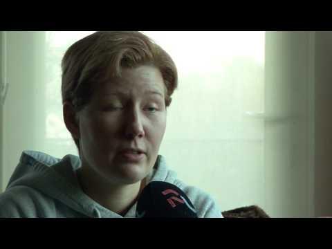 Dordtse Linda hulpeloos zonder speciale epilepsie hond
