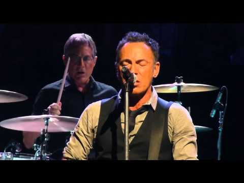 Bruce Springsteen - Backstreets - Adelaide 2014-02-12, 3cam mix, soundboard audio