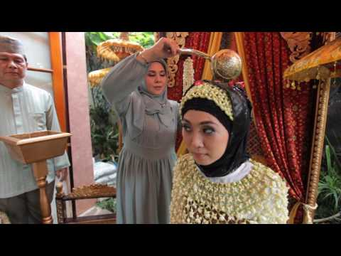 Sendy & Setia Siraman Adat Palembang ( Candyit_Photohouse )