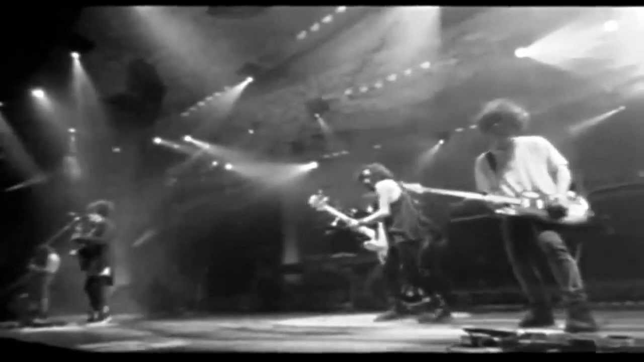 Friday I'm In Love - The Cure - Live (1992) - WIDESCREEN - YouTube