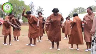VanaGogo /Grandmothers get down to some Zimdancehall music